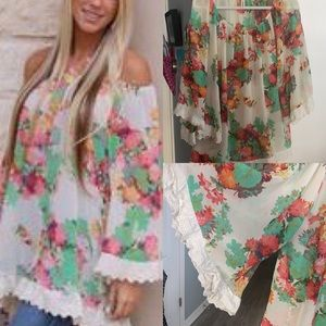 2TEE COUTURE Off Shoulder Floral Spring Blouse